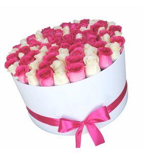 101 роза микс в шляпной (круглой) коробке