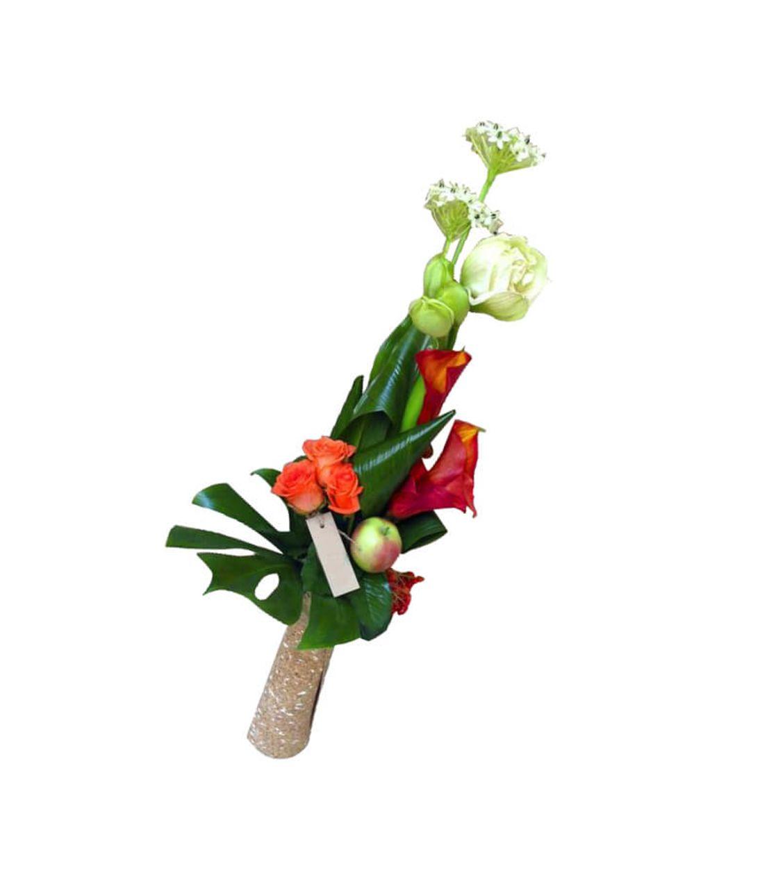 Букет мужчине из живых цветов с яблоком. Superflowers.com.ua. Доставка букетов для мужчин в Киеве