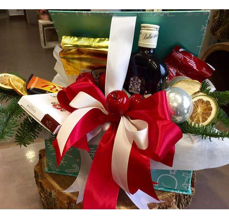 "Новогодний подарок в коробке ""Stilissimo"". Superflowers.com.ua"