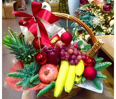 Новорічна фруктова корзина для колективу