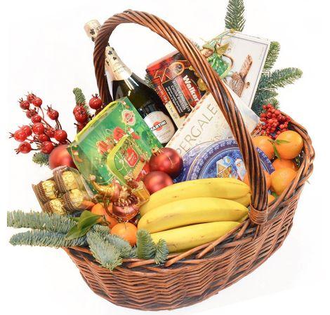 """Новогодняя корзина """"С Праздником!"""". superflowers.com.ua. Купить корзину с подарком к Новому Году"""
