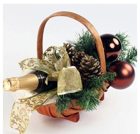 """Новогодняя подарочная корзина """"Мечта"""". Superflowers.com.ua"""