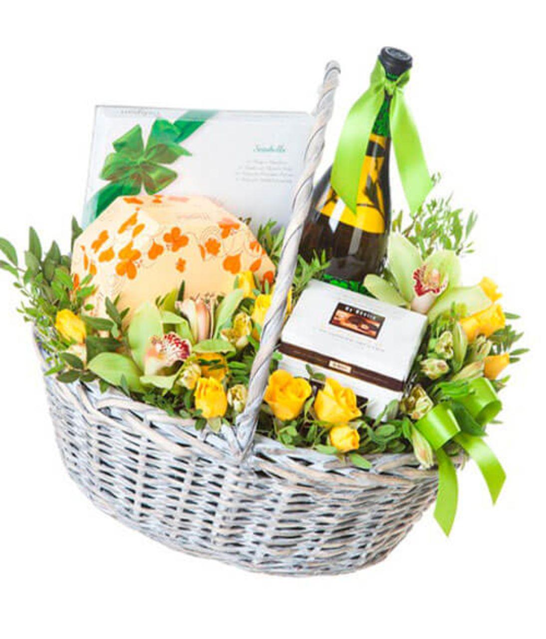 """Подарочная корзина """"Весна"""". Superflowers.com.ua"""