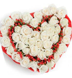 """Сердце из роз """"Снежинка"""""""