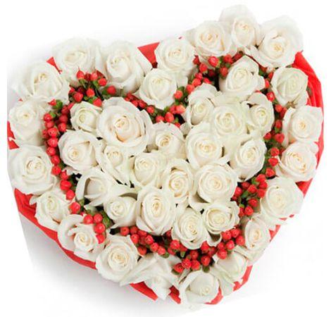 """Сердце из роз """"Снежинка"""". Superflowers.com.ua"""