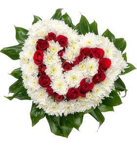 """Сердце из красных роз и белых Хризантем """"Анюта"""""""