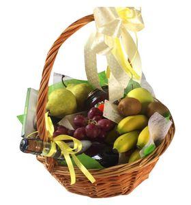 """Подарочная корзина с фруктами """"Very Delicious"""""""