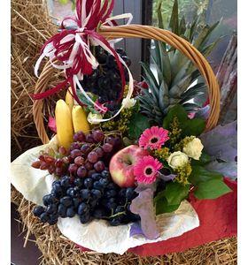 """Подарочная корзина с фруктами """"Виноградное изобилие"""""""