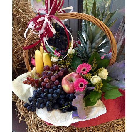 """Подарочная корзина с фруктами """"Виноградное изобилие"""". Superflowers.com.ua"""