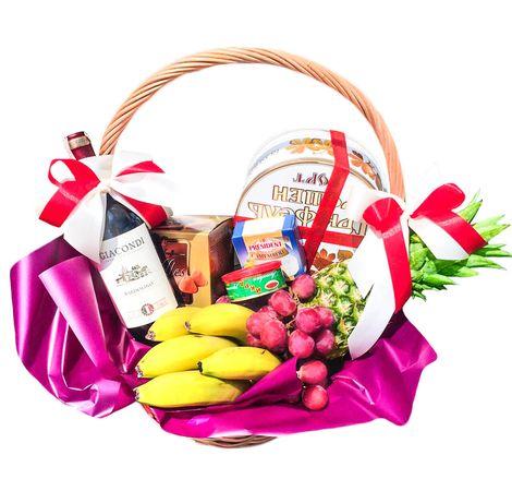 Подарочная продуктовая корзина. Superflowers.com.ua