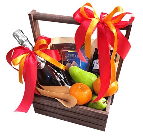 Подарочный фруктовый набор в деревянном ящике. superflowers.com.ua