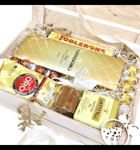"""Подарункова коробка """"Біле золото"""""""