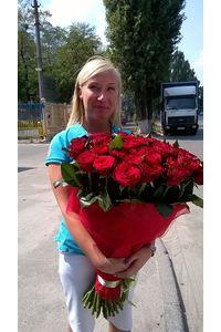 Доставка букета троянд в Києві