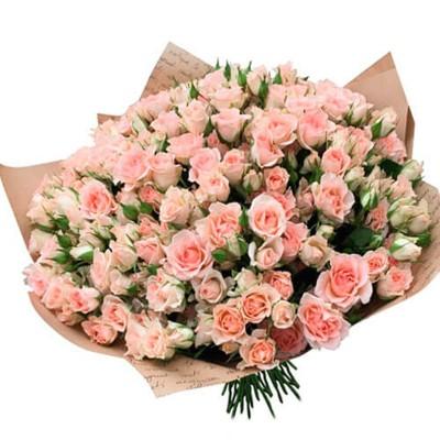 """25 кустовых роз в крафт бумаге """"Кремовая нежность"""""""