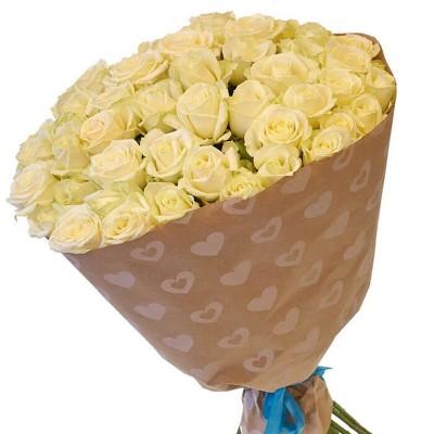 """Букет белых роз в крафт бумаге """"Праздничный"""", 80 см"""