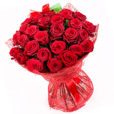 """Букет из 35 красных роз, 60см """"Прикосновение"""""""