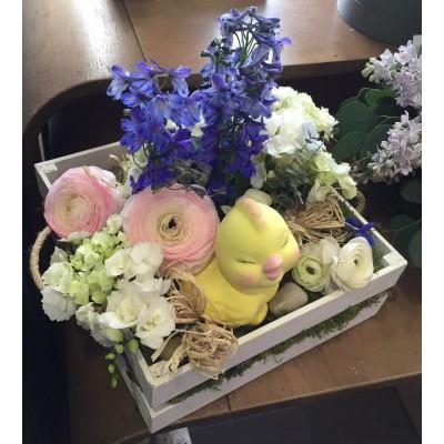 """Весенний букет в деревянной коробке """"Привет Весна!"""""""