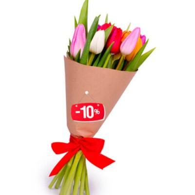 15 тюльпанов микс в крафт бумаге