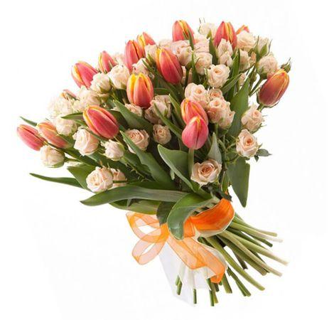 """Букет из 19 тюльпанов """"Ветерок"""". Superflowers.com.ua"""