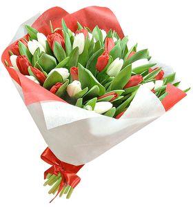 """Букет тюльпанов """"Красное и белое"""""""