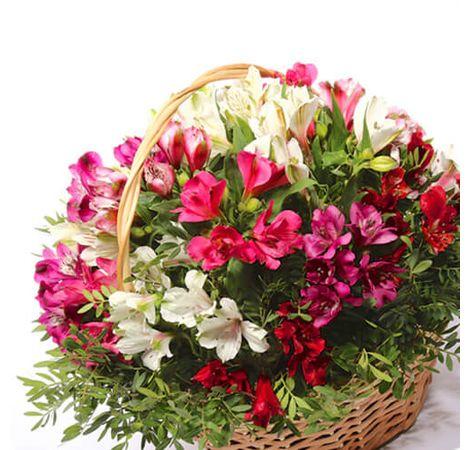 Букет з альстромерій. Superflowers.com.ua. Купити букет альстромерій з доставкою по Україні