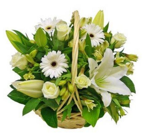 """Цветы в корзине """"Белое облако"""". Superflowers.com.ua"""