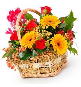 """Цветы в корзине """"Яркая сказка"""""""
