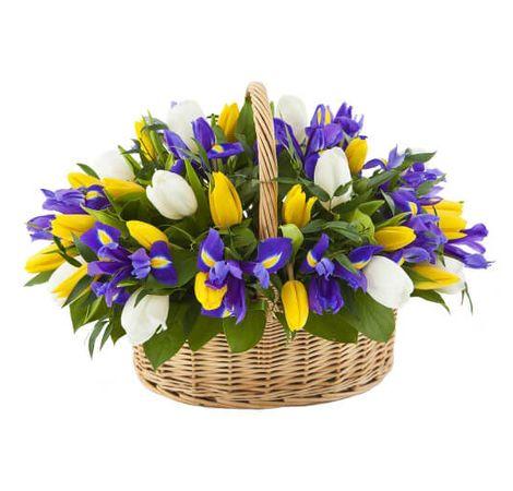 """Букет тюльпанов микс в корзине """"Карнавал"""". Superflowers.com.ua"""