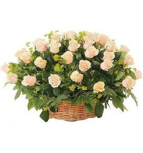 "Корзина из 35 роз ""Свежесть"""