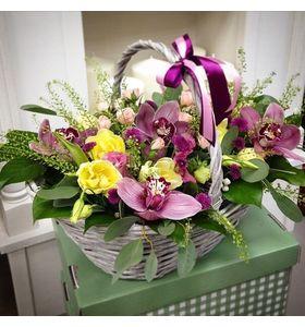 "Корзина с орхидеями ""Нимфея"""