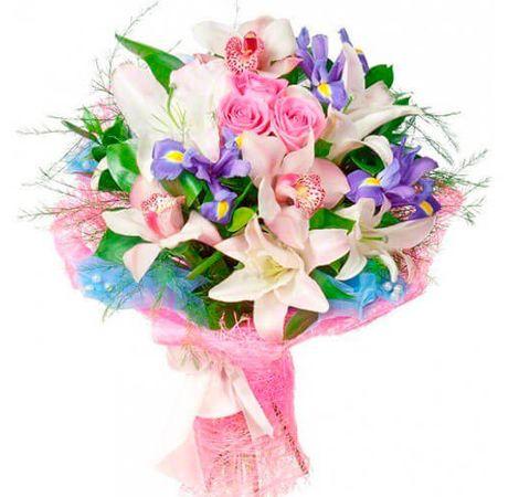 """Сборный букет цветов """"Лилиана"""""""