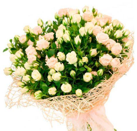 Букет з 11 кущових троянд. Купити букет з кущової троянди 11 штук з доставкою
