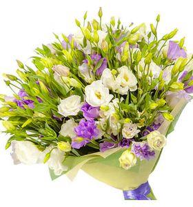 """Букет цветов из эустомы """"17 мгновений весны"""""""